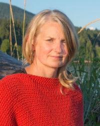 Lisa Tallon - Yoga By The Sea instructor